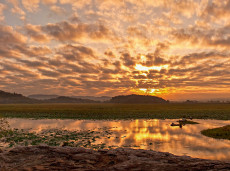 Canon collective sunset photography shoot in Kakadu. Credit Djabulugku Association Inc.